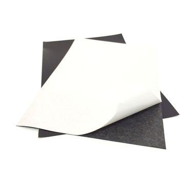 manta-magnetica-auto-adesiva-04mm-importada-folha-A4-02