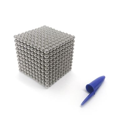 Neocube Super Cubo Magnético com 1 000 Esferas de Neodímio